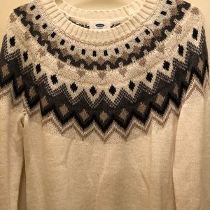 Sweater with cute pattern